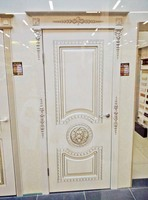 White-door-antique